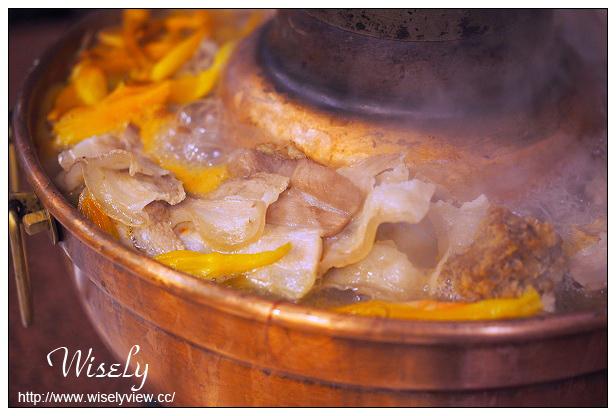 【食記】台北中山。捷運行天宮站:金稻子東北小館@酸菜白肉鍋&大連風味菜餚 @WISELY的拍拍照寫寫字