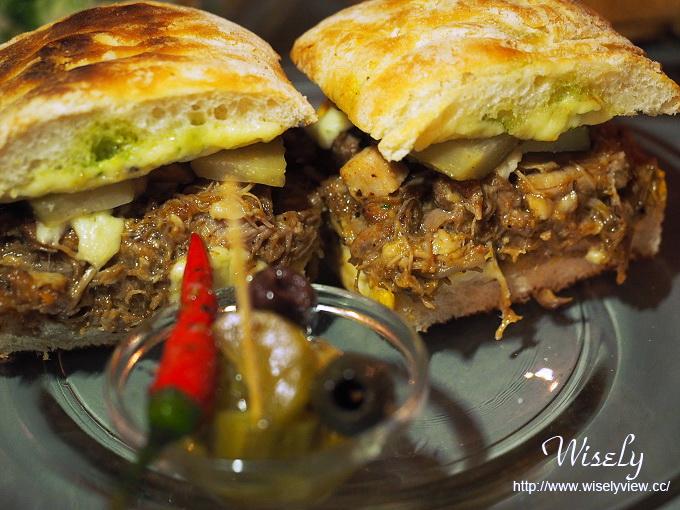 【食記】台北大安。捷運忠孝敦化站:Toasteria Café (吐司利亞咖啡3號店)/台北烤起司之家@帕里尼三明治最好吃的地中海氛圍餐廳 @Wisely的拍拍照寫寫字