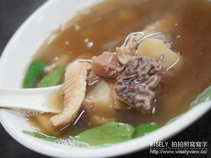 【食記】台北大安。捷運信義安和站:老李牛雜@通化街裡老字號暖胃熱炒美食 @WISELY的拍拍照寫寫字