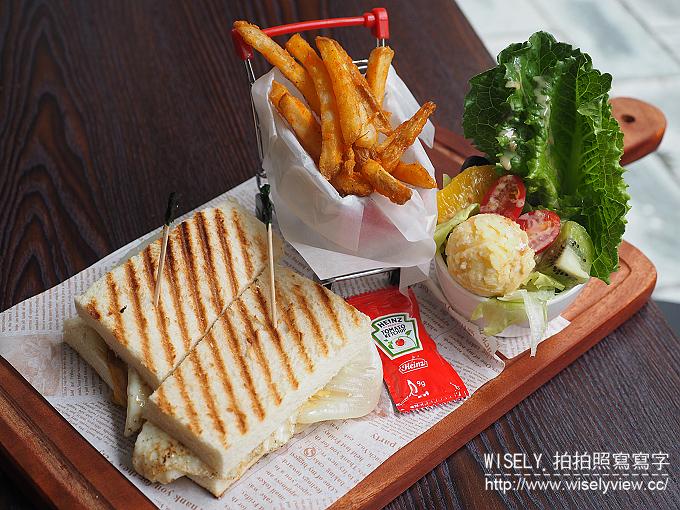【搬家】台北中山。捷運雙連站:徒步3分-小食光@平價早午餐的上班族輕食 @WISELY的拍拍照寫寫字