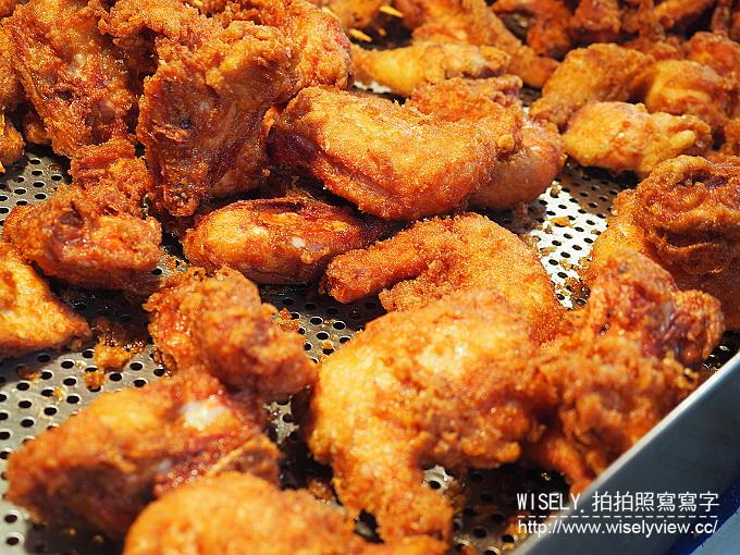 【食記】台北中山。捷運雙連站(小吃):2326美食-好吃炸雞@周日限定的隱藏版便宜炸雞 @WISELY's 拍拍照寫寫字